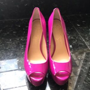 Jessica Simpson CARRI Magenta Heels Sz 6.5